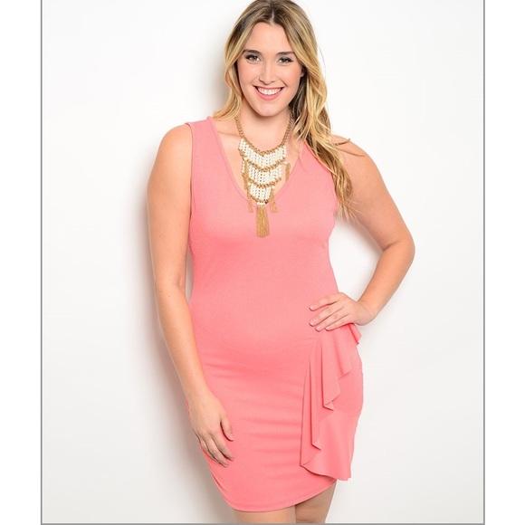 Coral Plus size Dress 🍑😍